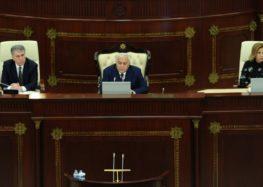 Deputatlar təbrik olundu, Ombudsman hesabat verdi – YENİLƏNİB – (2)