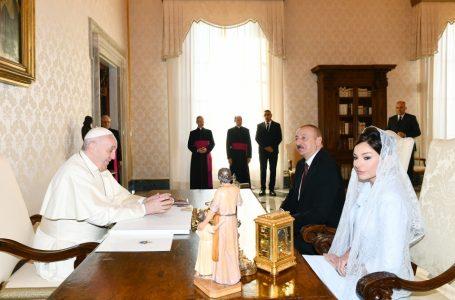 Prezident və xanımı-ROMA PAPASI VƏ PİETRO PAROLİNLƏ GÖRÜŞDÜ –  FOTOLAR – YENİLƏNİB – (1)