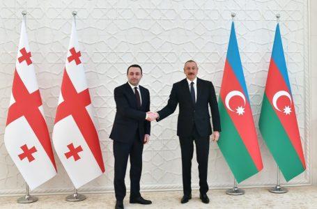 Əliyev Qaribaşvilini-TƏBRİK ETDİ